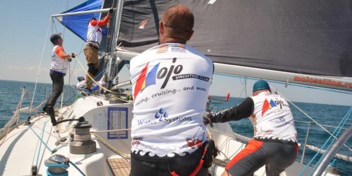 """With a """"coastal race"""", was held the official start of the regatta Kaufland in Romania ……."""
