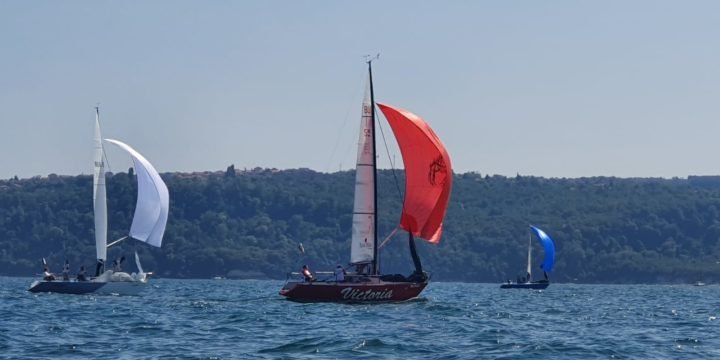 Completed the Conrad 25R State Championship by awarding a leadership position to Phoenix yacht …..