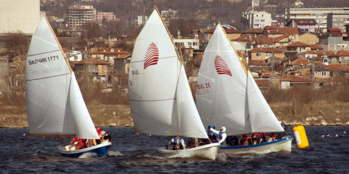 """Broken rudder and overturned boat on the first racing day of the Traditional Sailing Regatta """"Third of March""""  ……"""