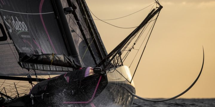 Day Seven: The leader Alex Thomson continues forward – 325 nautical miles, northwest of the Cape Verde Islands …..