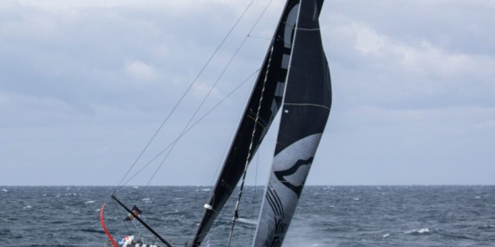 Jérémie Beyou (Charal) suffered damage and headed back to Les Sables d'Olonne.