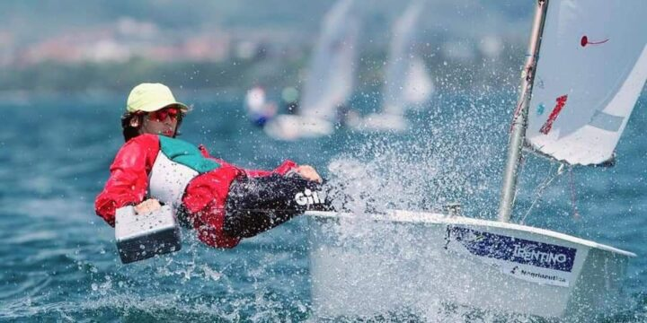 A historic success for Bulgaria, Victor Stanoev (Bul 7474) and the coveted 25th place in the Golden Group of the Optimist World Championship in Riva Del Garda ….